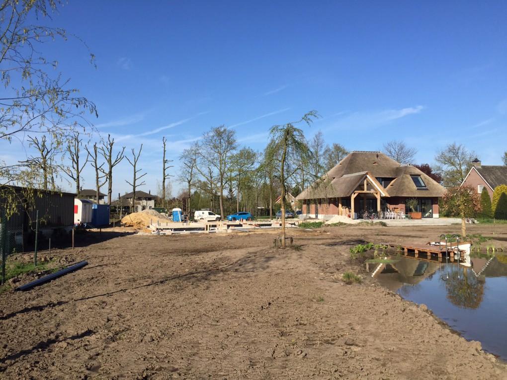 Start bouw Villa M naast Villa F (2015)| Nuenen